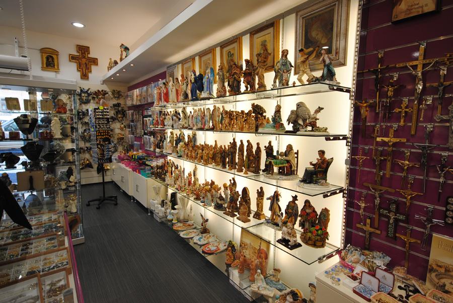 Negozio Cake Design Roma Centro : arredamento negozio roma: calzature e borse - effe ...